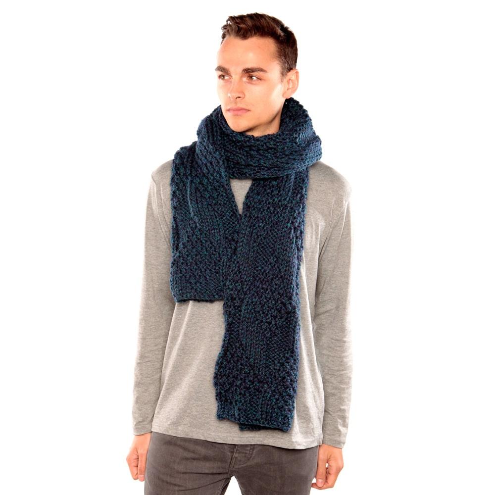Knitting Chunky Scarves : Blue green chunky knit scarf urbanknit