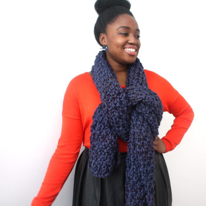 Big Scarf in blue chunky knit